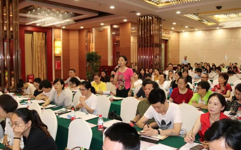 市民政局开展全市社会组织培训