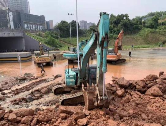 抗洪救灾-社会组织在行动(二)一方有难、八方支援、众志成城、共度难关